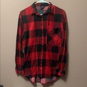 Rue 21 Red & Black Buffalo Plaid Button-up shirt